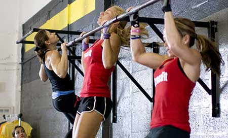 traction-crossfit-femme